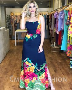 graduation and style image Grad Dresses, Casual Dresses, Fashion Dresses, Summer Dresses, Maxi Skirt Outfits, Chic Outfits, Fashion Mode, Sweet Dress, Mode Style
