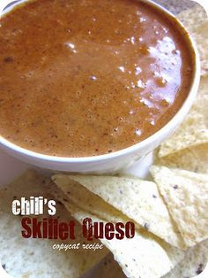 Made this tonight, it's GOOD! Chili's Copycat Skillet Queso Recipe #Appetizer #Recipe
