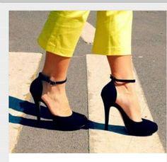 Black heels by Muna Istanbul www.munaistanbul.com