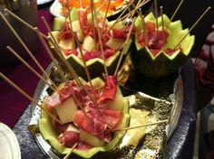 Melón con Jamón Ver receta: http://www.mis-recetas.org/recetas/show/37880-melon-con-jamon