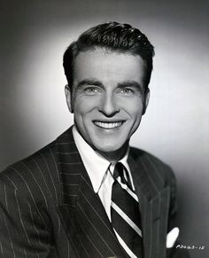 montgomery clift, 1950 Old Hollywood Actors, Vintage Hollywood, Hollywood Stars, Classic Hollywood, Montgomery Clift, Young Celebrities, Smiling Man, Cinema, Hooray For Hollywood