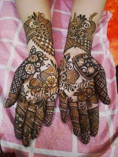 Designer look heena Dubai Mehendi Designs, Khafif Mehndi Design, Latest Bridal Mehndi Designs, Full Hand Mehndi Designs, Mehndi Designs Book, Mehndi Design Pictures, Wedding Mehndi Designs, Dulhan Mehndi Designs, Mehndi Images