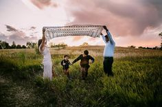 Use your wardrobe to create your favorite look for your family session. Family photography. Colorado.