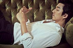 kmagazinelovers: Gong Yoo - Max Movie Magazine December Issue Yes, please. Goblin Korean Drama, Korean Drama Stars, Watch Korean Drama, Gong Yoo, Max Movie, Imaginary Boyfriend, Movie Magazine, Star Magazine, Kdrama Actors