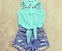 High waisted denim shorts with studs
