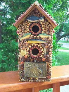 Wooden Recycled birdhouses Hanging Yard Ornament Birds Birdhouses Bird Feeders Handmade Repurposed