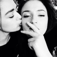 M&S #mophie Arya & Sansa #sisters . Maisie Williams and Sophie Turner. Game of Thrones.