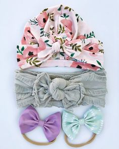 Handmade floral baby bow hat; 1 cloth headbands & 2 bows - perfect for that little lady in your life. Choose whether you want your bows on nude nylon (one size fits all or metal alligator clip). Baby turban hat are made from a stretchy blended cotton jersey. >>> Sizes<<< 0-3 months: