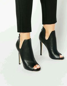 Image 1 - Truffle Collection - Rita - Bottines peep toes à talons - Heeled Shoes Black High Heels, High Heels Stilettos, High Heel Boots, Shoes Heels Boots, Heeled Boots, Ankle Boots, Shoes Sandals, Heeled Sandals, Strappy Shoes