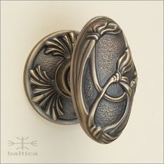 Superieur Dalia Oval Door Knob   Antique Brass   Art Nouveau   Handcrafted By Master  Artisans Of