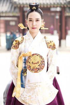 hanbok : Korean traditional clothes[dress]