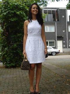 Resultado de imagem para vestido branco de lese