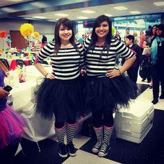 Alice in Wonderland Tweedle Dee and Tweedle Dum costumes #tutu