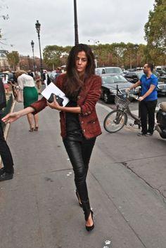 la-modella-mafia-Style-Icon-2012-Barbara-Martelo-fashion-editor-of-Vogue-Spain-street-style-in-Chanel-jacket1