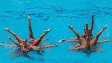 Nuoto sincronizzato: grazia e muscoli d'acciaio