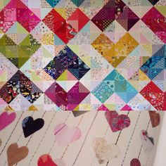 Possible quilting inspiration for my value quilt hearts. I think lower image came from the book Print and Pattern. #valuequilts ##warmandcoolquilt #sewkatiedid