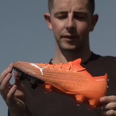 On your marks... Take a closer 👀 at the ULTRA 1.1, @puma Football's latest cleat innovation. Learn more about its lightweight speed-focused construction by clicking the link in the video! — #soccerdotcom #pumafootball #puma #soccer #pumasoccer #soccercleats #cleats #fastcleats #lightscleats