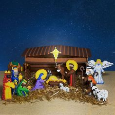 This tender Nativity scene features the Holy Family, 3 Wise Men, 2 shepherds, the angel, and a host of animals in mini beads. Designed by Kyle McCoy.