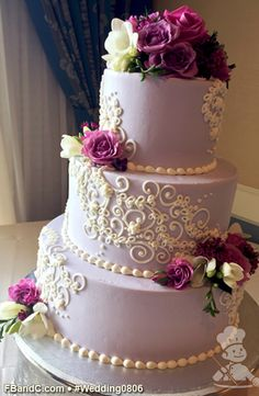 "Design W 0806 | Butter Cream Wedding Cake | 12""+9""+6"" 