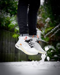 OFF WHITE x Nike Zoom Fly