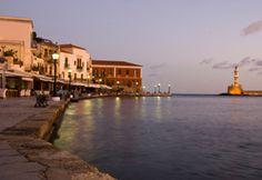 Venezianischer Hafen von Chania auf Kreta.