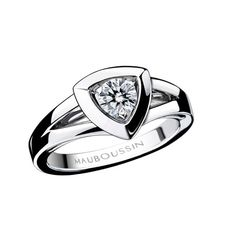 Dream and Love ring, by Mauboussin. White gold and diamond.