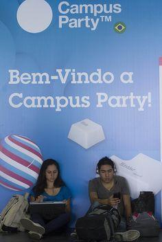 Começa nesta segunda-feira a maior festa da internet brasileira - http://wp.clicrbs.com.br/vanessanunes/2013/01/28/comeca-nesta-segunda-feira-a-maior-festa-da-internet-brasileira/?topo=13,1,1,,,13