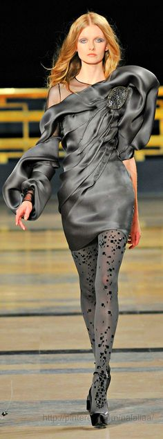 Stеphane Rolland Haute Couture. He's done some beautiful stuff, but this is HIDEOUS!