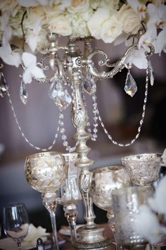 Glam, glam, glam! I love everything stylish, sparkling and just chic! That's why today I'd like to tell you about cool winter glam wedding ideas. For a glam winter affair I'd advise you sequins, glitter, silver and gold as these colors are the cutest...