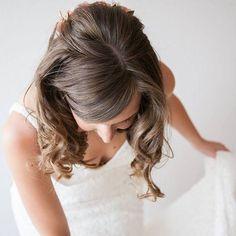 Cinco de Mayo, ese maravilloso día en el que cumplo años 🎉 Este año, aún más especial xq estreno número!! Sólo espero, que sea tan bueno como el uno y el dos!! Que de comienzo la treintena!! (Sí, la de la foto soy yo 🙋) #cumpleaños #happybrithday #los30 #disoñando #treintena #style #cumple #bride #novia #wedding #pronovias