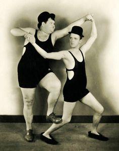 Stan Laurel, Oliver Hardy, 1930