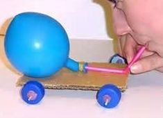 Balloon-powered car - Balloons - Activities - Questacon Science Squad - Sydney - On Tour: Programs - Questacon Stem Projects, Science Projects, Projects For Kids, Diy For Kids, Balloon Powered Car, Balloon Cars, Balloons, Balloon Rocket, Balloon Ideas