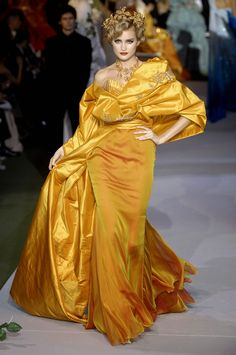 Fashion Show: Christian Dior Couture Fall 2007 | John Galliano