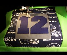 Seattle is my hometown - Go Hawks! Sport Themed Crafts, Quilting Projects, Sewing Projects, Sports Quilts, Team Gifts, Seattle Seahawks, Fabric Scraps, Cool Things To Make, Quilt Patterns