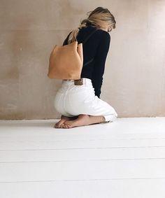 Beautiful shot of our Zero Bag in 'Naked' ~ @joannahalpin for @whatshesaidblog