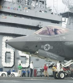 """rhubarbes: """"  F-35C Sea Trials Aboard USS Eisenhower par Lockheed Martin Via Flickr : Cmdr. Christian """"Wilson"""" Sewell from the F-35 Lightning II Pax River Integrated Test Force (ITF) conducts flight test operations from the flight deck of USS Dwight..."""