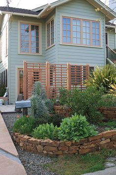garden privacy screen ideas courtesy of Alan Capeling