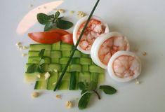 Gamberi e calamari in olio cottura, carpaccio di zucchine alle erbe, pomodorini e nocciole , ricetta inserita da Antonello Migliore