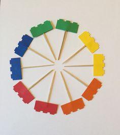 12 Lego Cupcake Toppers por NicolesPartiesToGo en Etsy