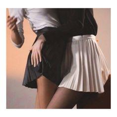 Tumblr Lesbians, Tennis Skirts, Good Music, Skater Skirt, Ballet Skirt, Bbg, Venom, Juice, Books