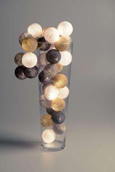 Cotton Ball Lights lichtslinger aan