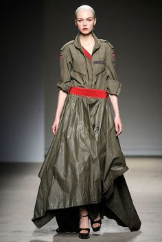Thimister Spring 2010 Couture Collection Photos - Vogue