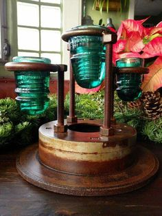 Repurposed candelabra made with glass insulators and a brake rotor by artist Sandra Webberking Metal Projects, Welding Projects, Diy Projects To Try, Insulator Lights, Glass Insulators, Electric Insulators, Deco Originale, Isolation, Repurposed Items