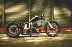 Honda CB125 custom bobber