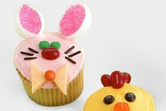 Baby Bunny and Baby chick cupcakes