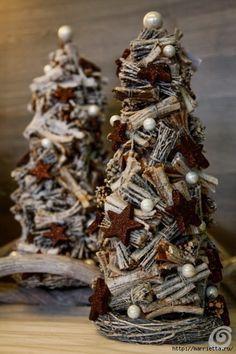 Christmas Mood, Christmas Makes, Diy Christmas Tree, Christmas Projects, Christmas Wreaths, Christmas Ornaments, Homemade Christmas Decorations, Christmas Centerpieces, Xmas Decorations