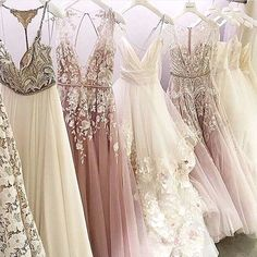 Yes or No? Leave a comment! ---------- Follow @temeculacoachhouse  ---------- Source @weddingdresslookbook