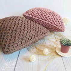 Punto Panal de Abeja Crochet Tunecino / Tutorial Paso a Paso   Crochet y Dos agujas - Patrones de tejido Spiral Crochet, Tunisian Crochet, Crochet Stitches, Crochet Patterns, Filet Crochet, Crochet Placemats, Crochet Cushions, Crochet Pillow, Crochet Home