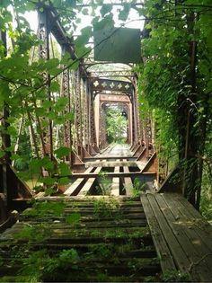 Un pont fermé car il devenait trop dangereux