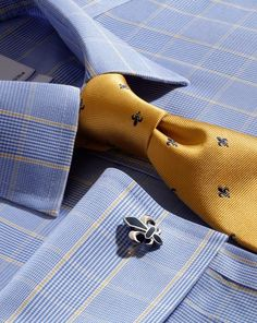 Slim fit non-iron Prince of Wales blue and gold shirt Shirt Tie Combo, Dress Shirt And Tie, Suit And Tie, Mens Fashion Suits, Mens Suits, Style Costume Homme, Shirt And Tie Combinations, Tie And Pocket Square, Formal Shirts